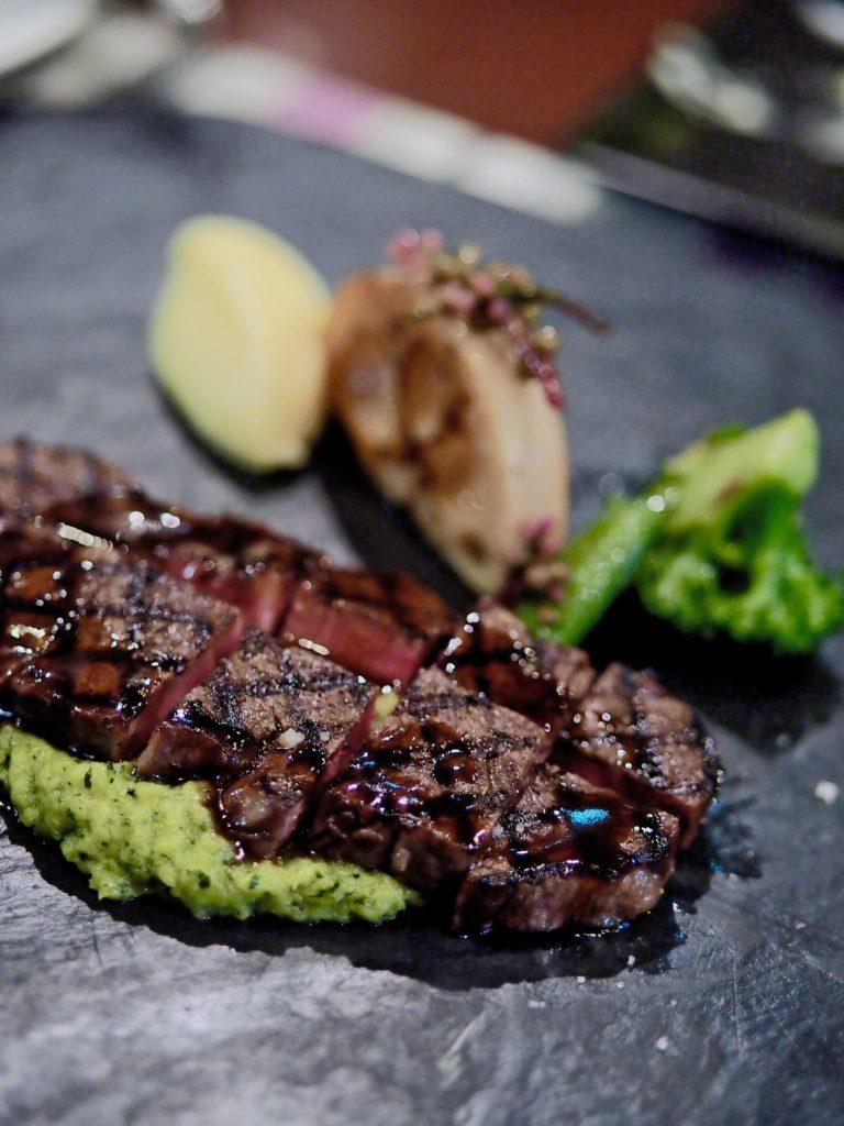 レストランLeger 長崎五島牛のステーキ