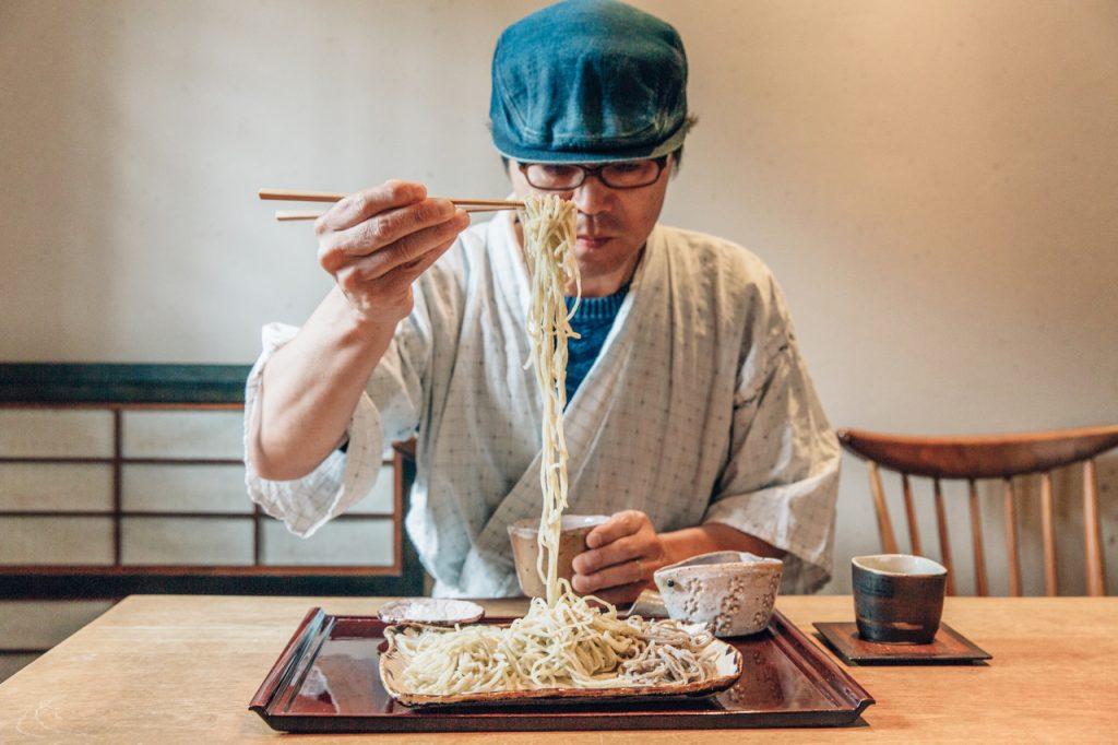手打蕎麦いっこう 3種盛り蕎麦 麺リフト