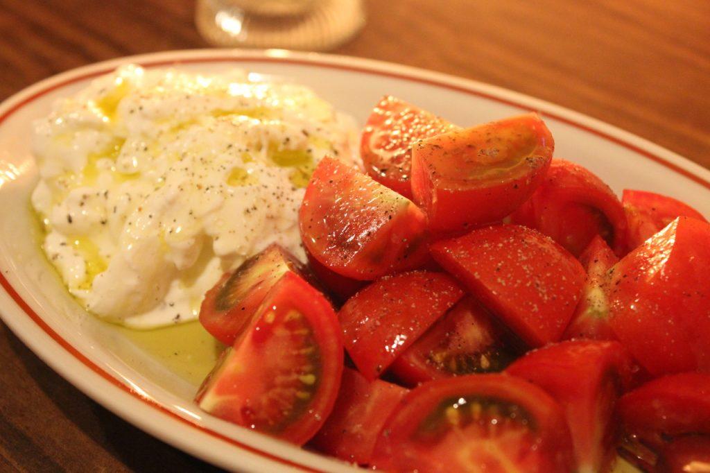 GURECO ブッラータとトマト2