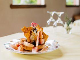 桃のブリュレパンケーキ